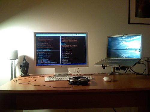 Ergotron Desk Laptop Mount Kevin Burton S New Feedblog